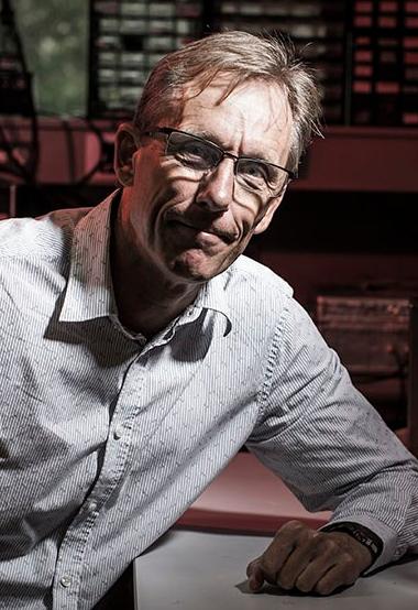 Prof Peter Metcalfe